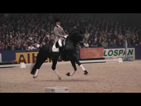 Totilas and Edward Gal – KWPN Hengstenkeuring 2010 Den Bosch HD 1080i