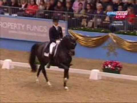 Edward Gal and Moorlands Totilas, KUR Olympia dressage London 16.12.2009 –  92.300%
